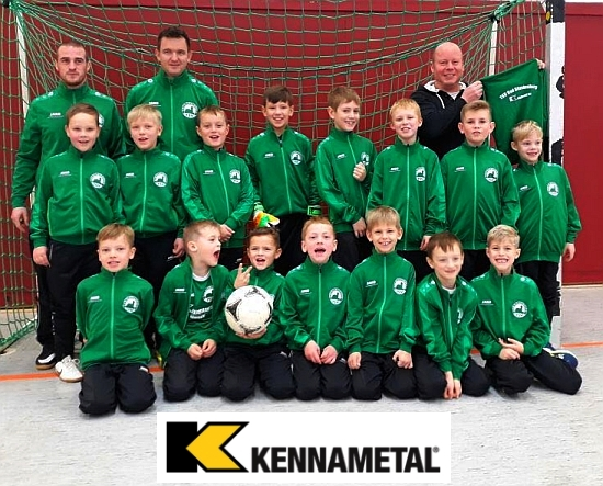 Bad Blankenburger F-Junioren in den von Kennametal gesponsorten Präsentations-Anzügen.